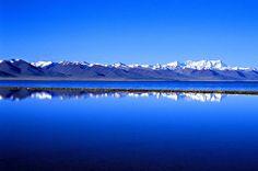 """El Lago Nam Tso- China- , paraíso azul---Nam Tso significa en el idioma tibetano """"lago celestial""""."""