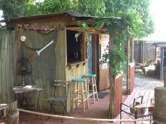 tiki hut spruce up, outdoor living