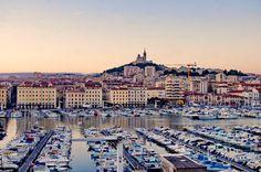 https://flic.kr/p/vSzkts | Marseille 2014 - 144 le jour se lève sur le Vieux Port