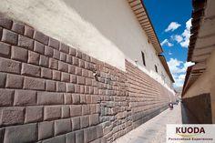 Inca streets in downtown Cusco, www.kuodatravel.com