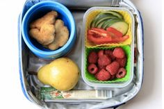 Chicken nugget bento box- Thermos, Ahoy! 15 Yummy Hot Lunch Ideas for Kids - ParentMap