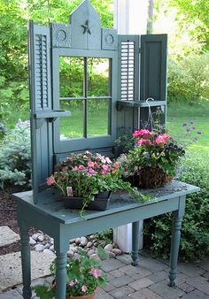 ***sweet potting bench!