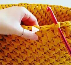 How to knit Jasmine Stitch video tutorial Annie's Crochet, Crochet Videos, Crochet Stitches, Makeup Basket, Stitches Makeup, Crochet Abbreviations, V Stitch, Crochet Projects, Diva