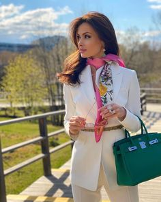 101 Things That Happen To You When You Become A Well Dressed Woman - Hello Bombshell! Classy Outfits, Chic Outfits, Fall Outfits, Fashion Outfits, Womens Fashion, Female Fashion, Fashion Blouses, Fashionable Outfits, How To Look Expensive