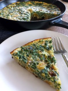 Print Spinach, Butternut & Lentil Frittata Author: Elizabeth Peyton-Jones Recipe type: Mains Ingredients Serves 4-6 ½ onion, thinly sliced 2 Tbsp coconut oil, divided 45 g moong dal (split yellow mung beans) 120+ ml water 120 g butternut squash, peeled and cut into .5 cm cubes 80g spinach leaves, cut into shreds 1 tsp fennel seeds 1 tsp dill 6 eggs ½ cup plant milk Bean Recipes, Ww Recipes, Indian Food Recipes, Cooking Recipes, Cooking Tips, Bacon Quiche, Frittata Recipes, Mung Bean, Spinach Leaves