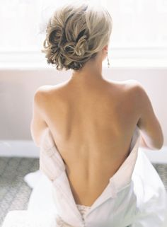 oh!  would you look at that!  very similar to the hair I did for Sam's prom.