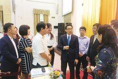 """Tự chủ đại học, chiếc """"khóa 2 chìa 4 nấc"""" Xem bài viết => Read post: https://vn.city/tu-chu-dai-hoc-chiec-khoa-2-chia-4-nac.html #TintucVietNam - #VietNam - #VietNamNews - #TintứcViệtNam  Phó thủ tướng Vũ Đức Đam trao đổi với các trường tại hội nghịẢnh: Nghiêm Huê.  Tin tức Việt Nam, Thông tin tổng hợp về kinh tế, chính trị, xã hội Việt Nam #ViệtNam   #vietnamcity   #TinVietNam"""