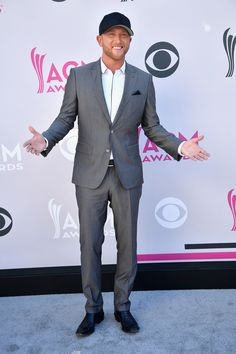 LAS VEGAS, NV - APRIL 02: Recording artist Cole Swindell attends the 52nd Academy Of Country Music Awards at Toshiba Plaza on April 2, 2017 in Las Vegas, Nevada. (Photo by Frazer Harrison/Getty Images) via @AOL_Lifestyle Read more: https://www.aol.com/article/entertainment/2017/04/02/acm-awards-2017-red-carpet-arrivals/22022806/?a_dgi=aolshare_pinterest#fullscreen