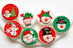 Christmas cuppies by Paige Fong, via Flickr