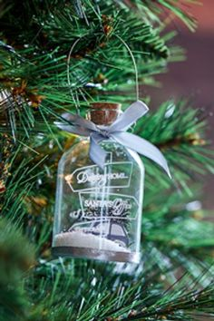 Rivièra Maison offers a complete living experience, with authentic products and diverse collections per year. Christmas World, Merry Christmas To You, Christmas And New Year, Christmas Time, Christmas Crafts, House Ornaments, Glass Christmas Tree Ornaments, Christmas Tree Decorations, Holiday Decor