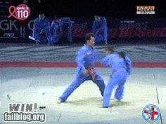 Esta lutadora de artes marciais.