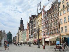 Wrocław Market Square Photo By: Cailin Szczesiul : http://www.carrentalwroclawairport.com