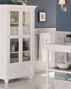Bathroom... paint color, towel cabinet