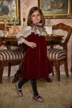 Retro Holiday Dress, Christmas girl dress, red velvet dress, sitter velvet dress, Winter Dress, christmas collection, Christmas Prop