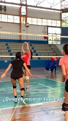 Volleyball Drills For Beginners, Volleyball Videos, Volleyball Photos, Volleyball Practice, Volleyball Training, Volleyball Workouts, Volleyball Players, Basketball Drills, Basketball Court