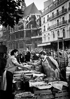 mimbeau: Les Halles de Paris 1948 Grace Robertson