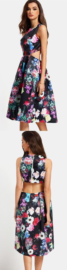 A floral dress features round neckline and princess dress trim that give you a hint of sweetie and vintaged,Lightspot originated comes from floral printing and cut-outs on the sides and back.