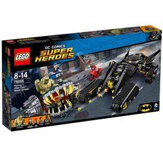 Conheça o espetacular Lego Super Heroes - Batman e Crocodilo - Combate nos Esgotos,  um conjunto incrível que vai conquistar a garotada. Faça parte de uma grande batalha com o Homem-Morcego para defender a cidade das garras do Crocodilo. Além de diversas mini figuras dos personagens, as crianças poderão montar um poderoso batmóvel para enfrentar a máquina do crocodilo. São inúmeros detalhes que vão permitir as crianças soltarem a imaginação e criarem muitas brincadeiras animadas. Lego Super…