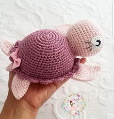 amigurumi for beginners; Crochet pattern: Little Dragon No photo description available. Crochet Motifs, Crochet Patterns Amigurumi, Baby Knitting Patterns, Crochet Dolls, Knitting Yarn, Amigurumi Doll, Cute Crochet, Crochet Crafts, Crochet Projects