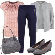 Look per l'autunno composto da camicetta in fantasia sui toni del rosa, in abbinamento dei pantaloni blu, cardigan in cotone, ballerine con zeppe e borsa a spalla.