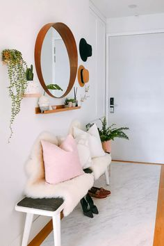 Ikea Mirror, Entryway Mirror, Entryway Decor, Entryway Ideas, Foyer, Small Entryway Organization, Half Round Table, Narrow Console Table, Large Table Lamps