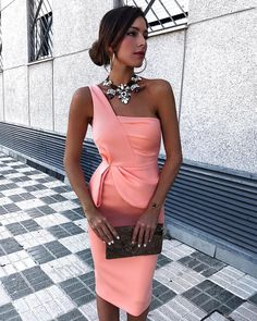 Sexy Pink One Shoulder Sleeveless Bodycon Dress Sexy Pink One Shoulder Ärmelloses, figurbetontes Kleid – Polarby Fitted Prom Dresses, Satin Bridesmaid Dresses, Homecoming Dresses, Sexy Dresses, Evening Dresses, Bride Dresses, Minimal Chic, Party Gowns, The Dress