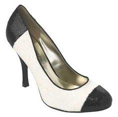 Resultados da Pesquisa de imagens do Google para http://www.shoeperwoman.com/wp-content/uploads/2009/09/new-look-chanel-shoes.jpg