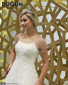 Mutluluğa atılan her adımda yanınızdayız... #gelinlik #afyon #afyonkarahisar #düğün #dugun #dugunmodaeviafyon #dugunmodaevi #wedding #justmarried #married #nişanlık #nişan #nisan #nisanlik #ayakkabı #aksesuar #moda #gelin #bride #brides #beyaz #white #blonde #gelinler #akü #afyonmyo #afyonkocatepe #ans #afyonkocatepeuniversitesi #uniyurt
