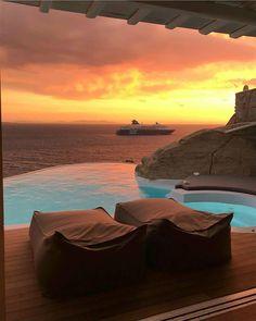"214 Likes, 5 Comments - Hotels & Resorts  (@hotelsandresorts) on Instagram: ""Good night #Mykonos  #hotelsandresorts #cavotagoo"""