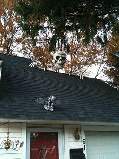 original link to skeleton on roof