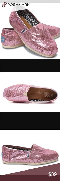 Toms glitter pink Size 6. Wore twice in great condition. TOMS Shoes Flats & Loafers