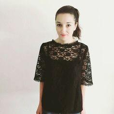 Haut, blouse bohème noire dentelle lin romantique féminin