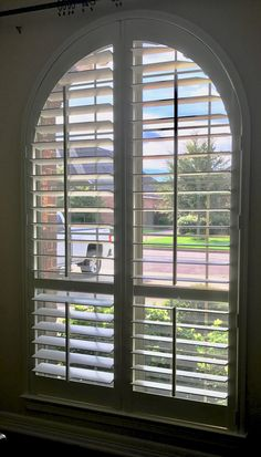 Step Back Arch is contoured from the front. Interior Wood Shutters, Custom Shutters, Austin Tx, Blinds, Cool Designs, Arch, Curtains, Home Decor, Custom Blinds