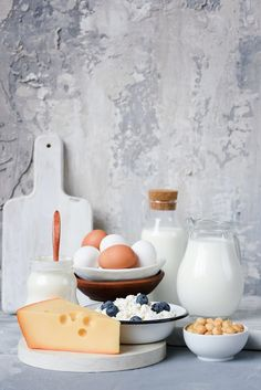 Dairy products on gray concrete background (Vladislav Nosick / Moscow / Russia) schlecht, Lidl, Instagram Feed, Dairy Free Biscuits, Milk Photography, Dairy Free Frosting, Dairy Free Recipes Easy, Chocolate Frosting Recipes, Farmers Cheese, Smoked Cheese