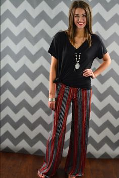 Black Grace Oversized Tee – The ZigZag Stripe