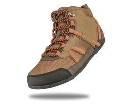 Most hikes don't need a thick, stiff, expensive hiking boot... Check out the lightweight, natural movement in the DayLite Hiker from Xero Shoes...