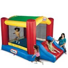 Little Tikes Shady Jump n Slide Bouncer The Little Tikes Shady Jump 'n Slide bouncer is a backyard inflatable with an arching shade canopy for bouncy fun in the Little Tikes, Inflatable Bounce House, Inflatable Bouncers, Giant Inflatable, Inflatable Slide, Outdoor Toys For Kids, Outdoor Play, Backyard Canopy, Backyard Ideas