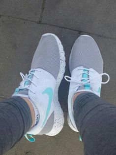 Shoes: roshe Nike sneakers ʝαу∂є ѕ. ❤️