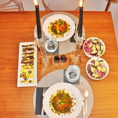 """dinner for 2. More entertaining ideas and healthy recipes with Arielle Haspel of bewellwitharielle.com and Host of Glamour.com's cooking series """"Treat Yourself"""" @glamourmag"""