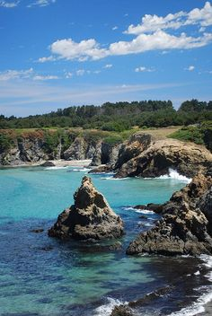 On a costal California road trip, stop at Jug Handle Beach in Mendocino. This is where the Murder She Wrote home is and where the water scenes were from on the show.