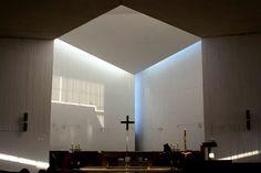 Nave de la Iglesia Monasterio Benedictinos. Santiago, Chile