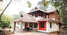 It was a challenge for the owner who was determined to remodel his house without sacrificing anything that went into making the old one. home. home serena. budget home. remodel old house. Home Decor. New House Plans, Dream House Plans, My Dream Home, Dream Homes, Building A Pool, Building A New Home, Kerala Traditional House, Traditional Homes, 800 Sq Ft House