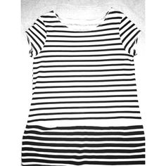 Black & white striped tunic Short-sleeve, tunic, striped, like new. Looks really cute with leggings Tops Tunics