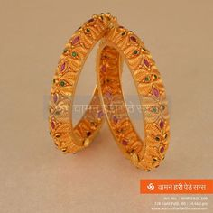 Owing to Marathi religious & traditional value, we offer exquisite range of latest designs for Indian traditional gold diamond jewellery, maharashtrian wedding / bridal ornaments and designer Indian jewellery. Gold Bangles Design, Gold Jewellery Design, Designer Bangles, Coral Jewelry, Rose Gold Jewelry, Hand Jewelry, Jewlery, Gold Money, Gold Ornaments