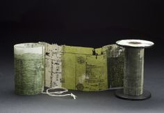 Yuko Kimura - Book Art Projects - thinking outside the book (box). Book Libros, Libros Pop-up, Altered Books, Altered Art, Collages, Ouvrages D'art, Stitch Book, Book Sculpture, Paper Artwork
