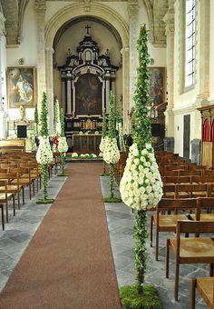 Lana Bates - French Riviera floral designer