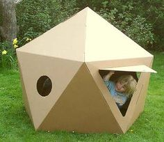 Paperpod Pod: Decorate, play and recycle.