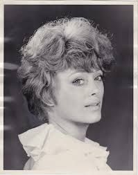 Rue McClanahan - The Official Rue McClanahan Memorial Page - Estate of Rue Vintage Hollywood, Hollywood Glamour, Famous Celebrities, Celebs, Rue Mcclanahan, Blanche Devereaux, Golden Girls, Vintage Glamour, Classic Beauty