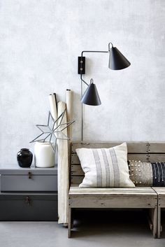 Wall lamp Club Double by House Doctor. Cool contemporary look and very practical too. Scandi Home, Nordic Home, Scandinavian Interior, Scandinavian Style, House Doctor, Slots Decoration, Double House, Swing Arm Wall Lamps, Luminaire Design