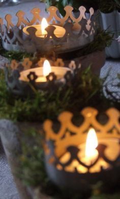 Christmas Table Decor - Three Kings Crowns